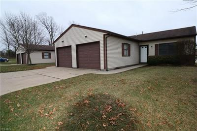 126 ROYAL CREST DR, SEVILLE, OH 44273 - Photo 2