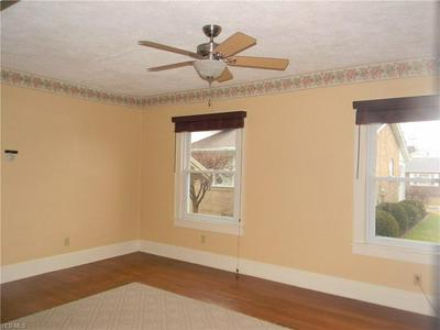 532 S SILVER ST, LOUISVILLE, OH 44641 - Photo 2