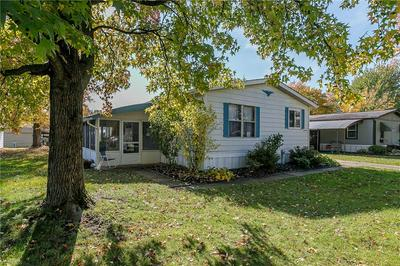 17 PARKWAY DR, Olmsted Township, OH 44138 - Photo 2