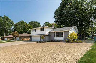1000 E DECKER DR, Seven Hills, OH 44131 - Photo 2