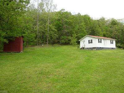 5840 ROSEDALE RD, Normantown, WV 25267 - Photo 2