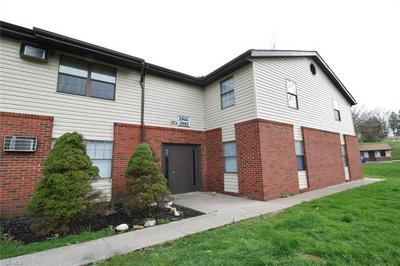 2906 BROOKSIDE DR, Zanesville, OH 43701 - Photo 1