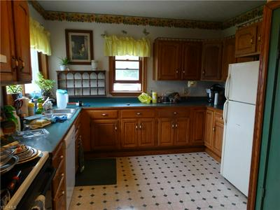 2972 BROWN RD, Jefferson, OH 44047 - Photo 2