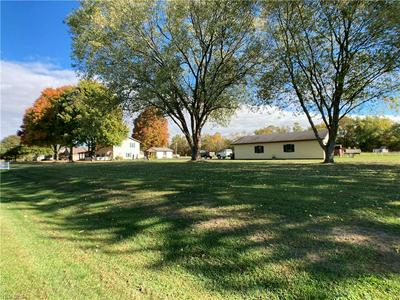 7801 CANAL RD NE, Dover, OH 44622 - Photo 2