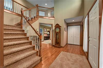 6515 WOODBURY DR, SOLON, OH 44139 - Photo 2