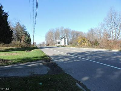 4631 CENTER RD, Lowellville, OH 44436 - Photo 2