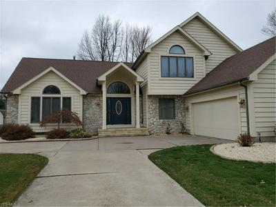 630 BLOSSOM DR, AMHERST, OH 44001 - Photo 1