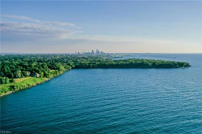10305 LAKE SHORE BLVD, Cleveland, OH 44108 - Photo 2