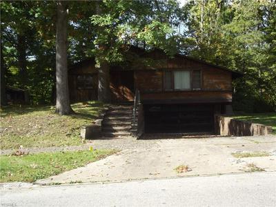 665 W GLENDALE ST, Bedford, OH 44146 - Photo 1