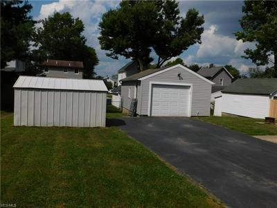 91 SMITHFIELD ST, Struthers, OH 44471 - Photo 2