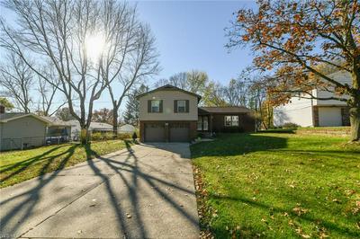2518 BARRINGTON RD, Fairlawn, OH 44333 - Photo 2
