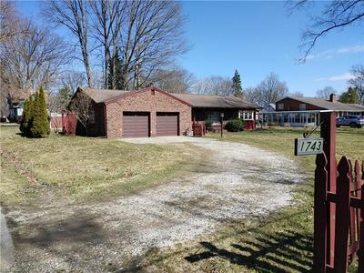 1743 W 15TH ST, ASHTABULA, OH 44004 - Photo 2