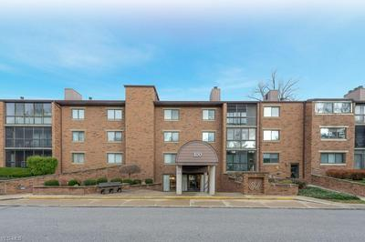 100 FOX HOLLOW DR APT 303, Mayfield Heights, OH 44124 - Photo 1