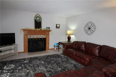 422 N CROWN HILL RD, ORRVILLE, OH 44667 - Photo 2