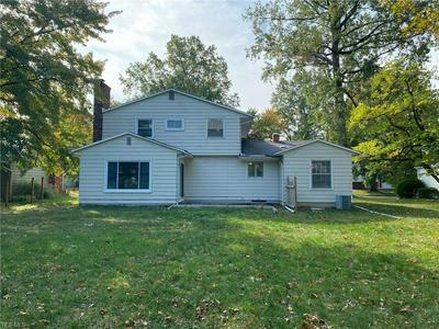 4936 TIMBERVIEW DR, Vermilion, OH 44089 - Photo 2
