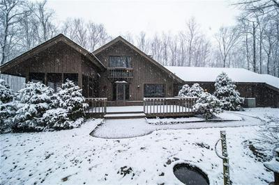22 FOREST DR, CHAGRIN FALLS, OH 44022 - Photo 2
