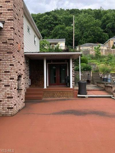 938 CLIFTON ST, Follansbee, WV 26037 - Photo 2