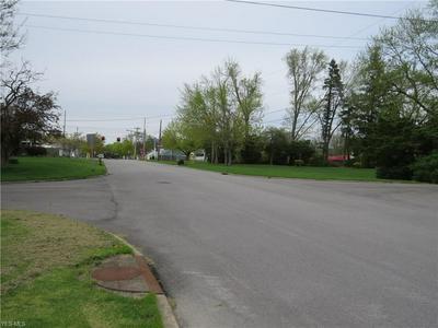 OHIO AVE, McDonald, OH 44437 - Photo 2