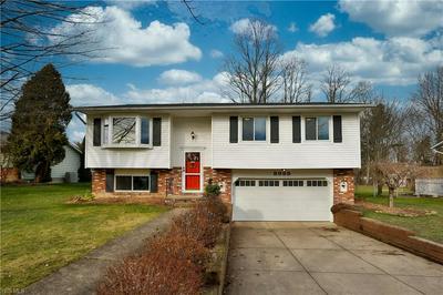8988 BIRCHWOOD DR, Twinsburg, OH 44087 - Photo 2