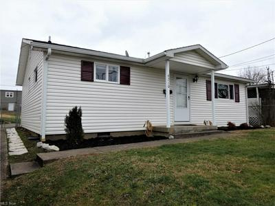 4210 LINCOLN ST, Parkersburg, WV 26104 - Photo 2