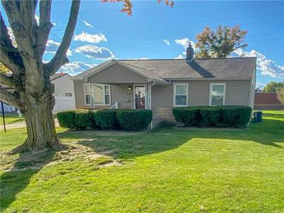941 GARFIELD ST, Struthers, OH 44471 - Photo 2