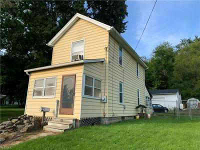 282 BROAD ST, Struthers, OH 44471 - Photo 2