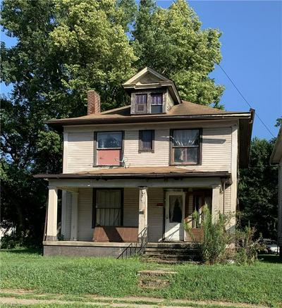 1231 RIDGE AVE, Zanesville, OH 43701 - Photo 1