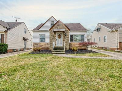 13704 OAKVIEW BLVD, Garfield Heights, OH 44125 - Photo 1