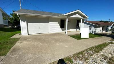 115 HILLES AVE, Barnesville, OH 43713 - Photo 2