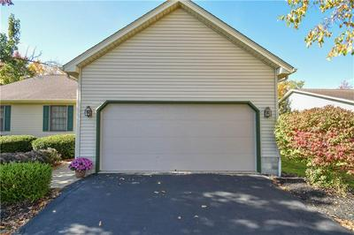504 SHADYDALE DR, Canfield, OH 44406 - Photo 2