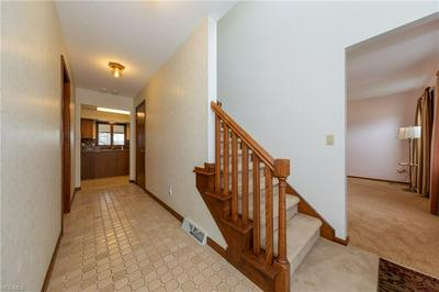 6069 WALDEN CT, MENTOR, OH 44060 - Photo 2