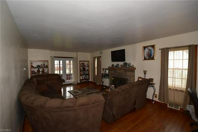 678 12TH ST, CAMPBELL, OH 44405 - Photo 2
