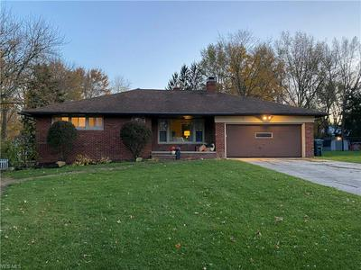 6750 THORNAPPLE DR, Mayfield Village, OH 44143 - Photo 1