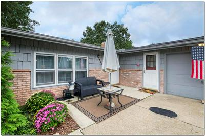 9048 MILFORD DR, Northfield Village, OH 44067 - Photo 2