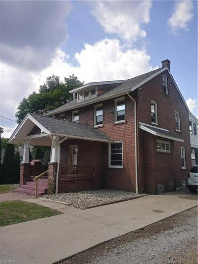 512 E LIBERTY ST, Hubbard, OH 44425 - Photo 2