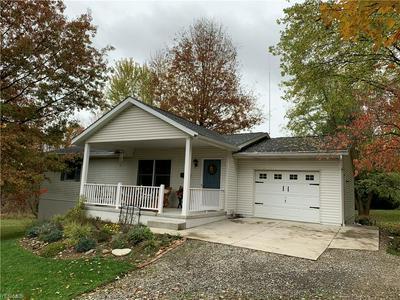 9112 MILLER HILL RD NE, Sherrodsville, OH 44675 - Photo 2