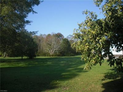 14938 LAKE ST, MIDDLEFIELD, OH 44062 - Photo 2