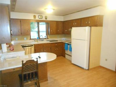 671 ROBINSON RD, Campbell, OH 44405 - Photo 2