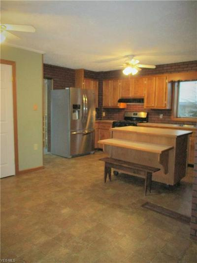 6021 N WRIGHT ST, KINGSVILLE, OH 44048 - Photo 2