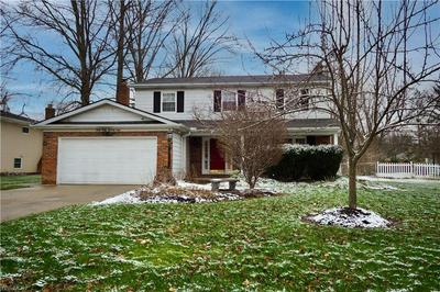 6579 WEDGEWOOD DR, North Olmsted, OH 44070 - Photo 1