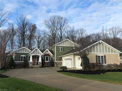 2364 PINE VALLEY DR, Willoughby Hills, OH 44094 - Photo 1