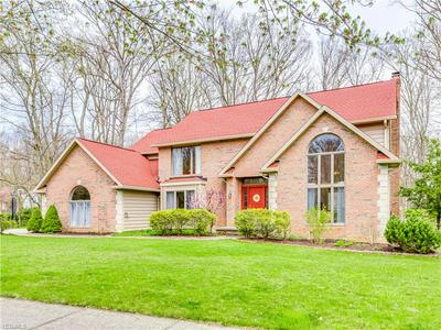 6568 THORNTREE DR, Brecksville, OH 44141 - Photo 1