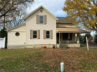 7456 COLUMBIA RD, Olmsted Falls, OH 44138 - Photo 1