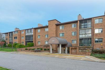 100 FOX HOLLOW DR APT 303, Mayfield Heights, OH 44124 - Photo 2