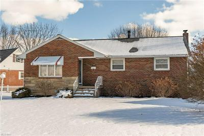 928 PARKVIEW DR, Louisville, OH 44641 - Photo 1