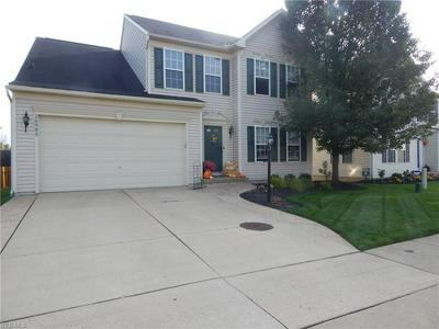 26985 ASHTON DR, Olmsted Township, OH 44138 - Photo 1