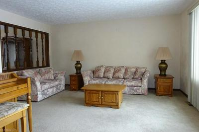 16484 TIMBERLINE DR, Strongsville, OH 44136 - Photo 2