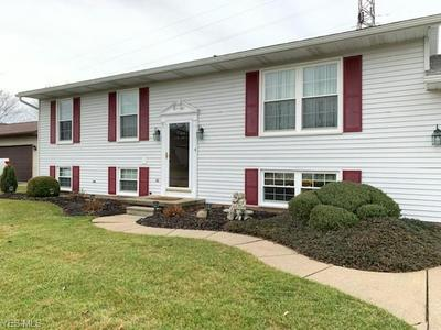120 WADE DR, DOVER, OH 44622 - Photo 2