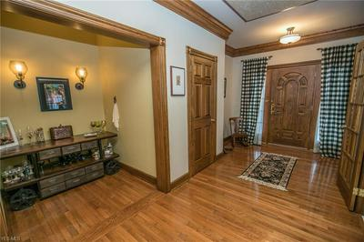 6991 KINGSCOTE PARK, Independence, OH 44131 - Photo 2