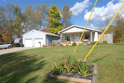 550 SUMMITT ST, Crooksville, OH 43731 - Photo 1